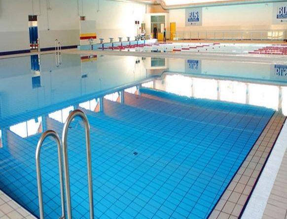 Per un tuffo in piscina for Acqua per piscine